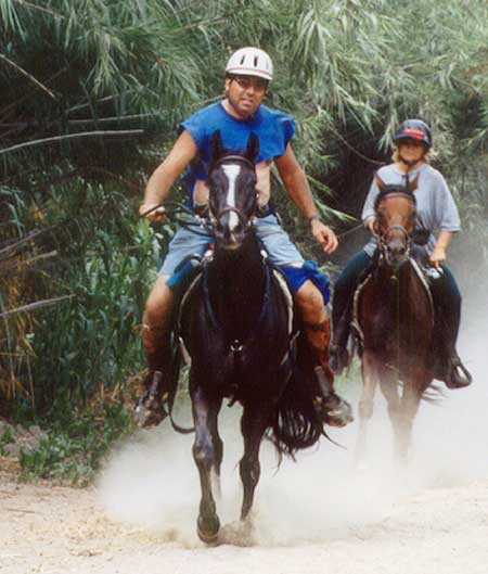 Coal and owner Kirt Lander at an endurance ride in California.
